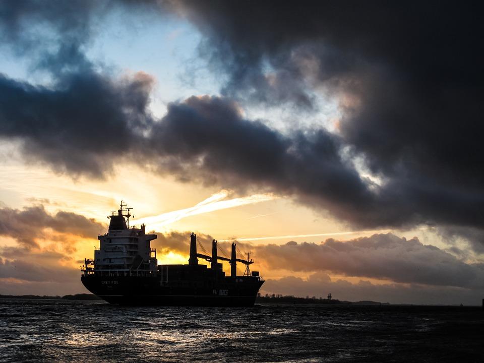 freight 863449 960 720 - 5 Faktoren, die die wirtschaftliche Entwicklung beeinflussen