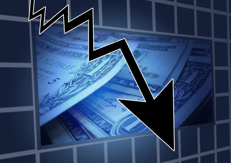 financial crisis 544944 960 720 - Die Auswirkungen der Arbeitslosigkeit auf die Volkswirtschaften